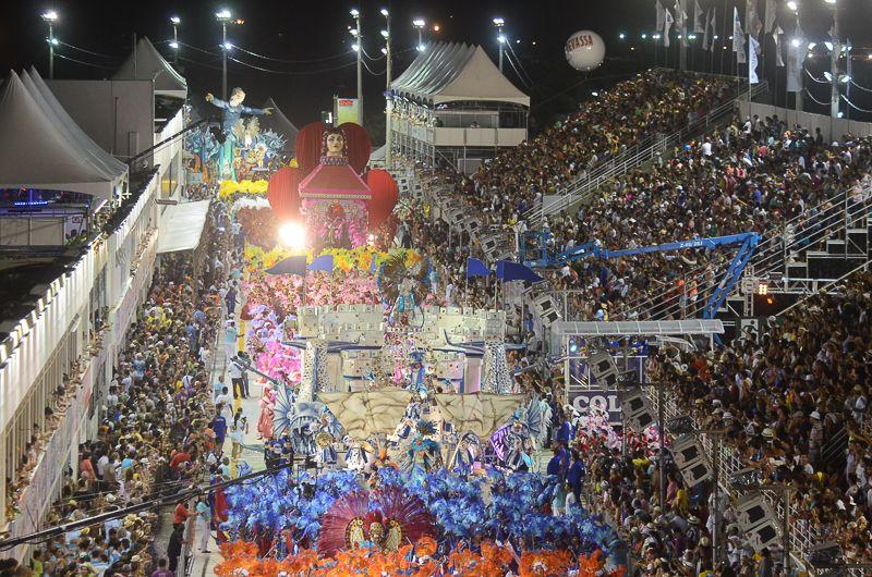 Aquecendo os tamborins: ingressos para o Carnaval de Vitória 2020 já estão sendo vendidos