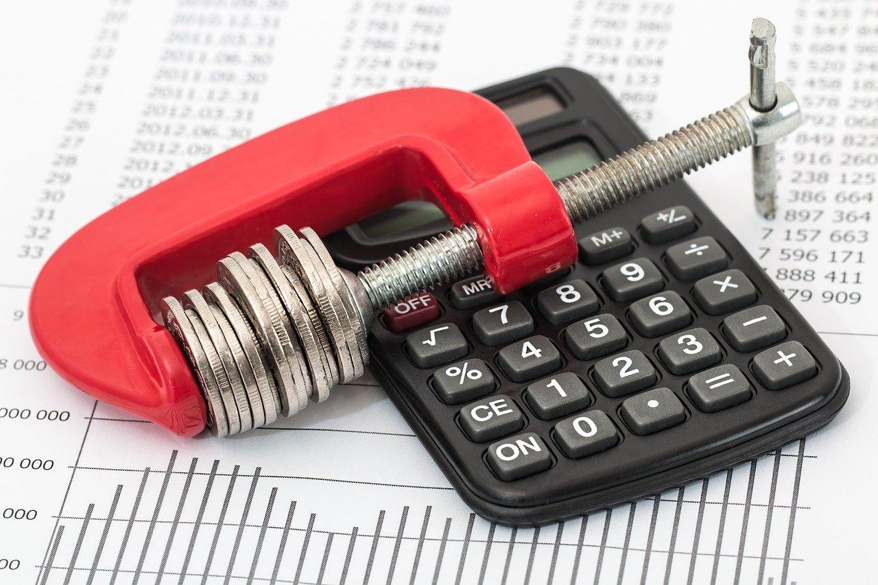 Covid-19: projeto suspende cobrança de dívidas de quem teve redução de salário
