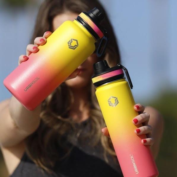Da escola à praia: garrafa térmica é a sensação da vez