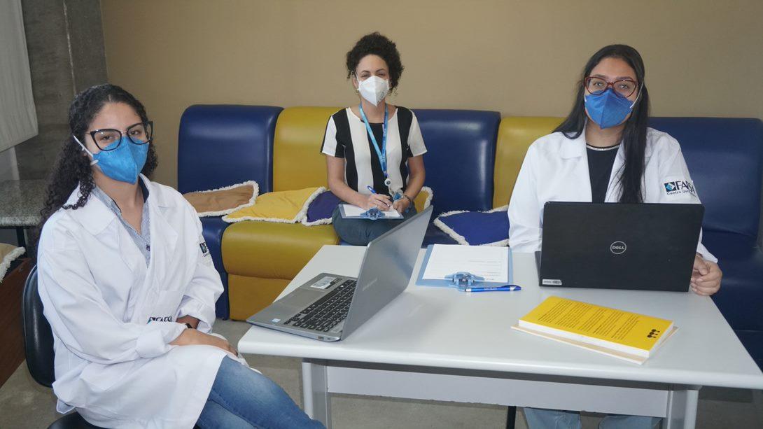 Estudantes de psicologia criam grupos terapêuticos para pessoas com saúde mental afetada pela pandemia